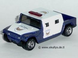 Hummer h1  model cars 4252e445 7460 4d14 a3e9 12ca72daa675 medium