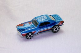 %252767 camaro model cars 7babd3c5 0800 42fa b3b8 bca71b7e7c82 medium