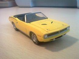 Greenlight auction block plymouth %252770 383 cuda convertible model cars ffce652c a03a 45ec 8d3d 2a1ec5957d73 medium