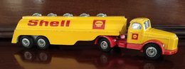 Volvo shell tanker model vehicle sets 29f4ac65 8ffb 4499 a684 dfd85957a9c7 medium