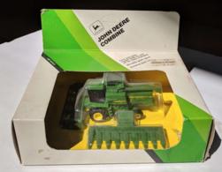 John deere titan ii combine model farm vehicles and equipment 993dbe78 77c8 4d25 9e7d b61d261d36cd medium