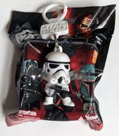 Stormtrooper keychain keychains e80105a1 2855 404c a112 28de8dfcf1e0 medium