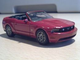 '10 Ford Mustang GT Convertible | Model Cars
