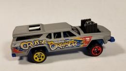 Cruise bruiser model cars c0eb3c60 4eb1 4cc5 bd6f 60de1a5f43fe medium