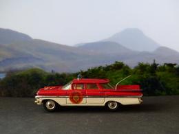 Chevrolet impala fire chief car model cars 0f327053 403f 4fee 969f 1efa3d7a5ac1 medium