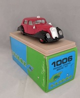 Panhard  dynamiek berline1937 model cars 9e2cbaf1 0f13 49f0 9098 8eb57976e4c3 medium