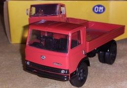 Om n 100 model trucks 8ee56cfe 15b0 4ff2 a382 adaba1914c3f medium