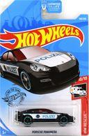Porsche panamera model cars 1e9d1ca0 9f6d 4c58 b7e3 baef0a8aa325 medium