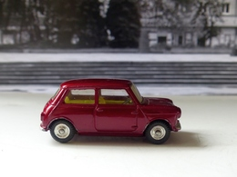 Morris mini minor model cars 005391b2 d923 4904 b0a6 7e54ae7f6964 medium