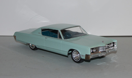 1967 chrysler 300 2 door hardtop promo model car model cars 904992e4 668a 41b9 8c8d 0768e263fc8c medium