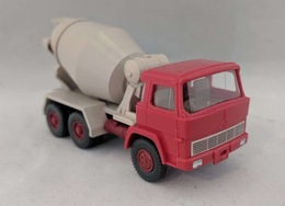 Magirus concrete mixer model trucks 2d513b74 8fa2 4153 98c3 a7ec1cd04c67 medium