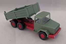 Magirus deutz tipper truck model vehicle sets 0ffb27a7 3a1e 40a6 9a0a d275106f83c1 medium