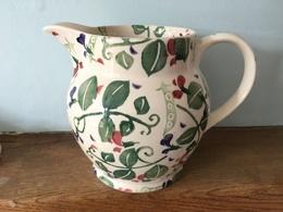 Sweet pea 1 1%252f2 pint jug   emma bridgewater ceramics 453af8d4 b59f 4510 8ba3 7803f7a980fb medium