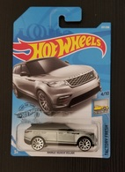 Range rover velar model cars 128bb780 8f5e 400c 987f 69a13ae4606f medium