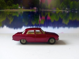 Rover 2000 model cars 9a89ec4d 5d8b 460e 8665 9f30766df0ca medium