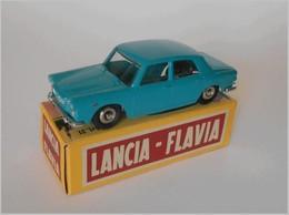 Lancia flavia model cars 7ce10644 4f20 437b 938a b9b7658ff7da medium