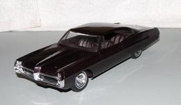 1967 pontiac bonneville convertible promo model car  model cars 6b897420 d400 4148 b1a8 eb39de534cd5 medium