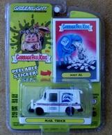 Long life postal mail truck model trucks 8dfcda72 bc8e 4d08 82fe efcd7d06787e medium