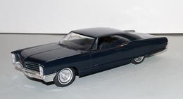 1966 pontiac bonneville hardtop promo model car  model cars 34e9c9ce dc4d 4bd0 8f8b 7ef3cae58d2a medium