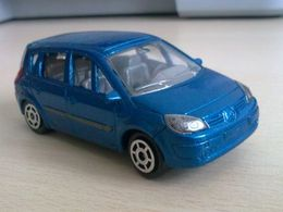 Majorette 200 collector renault scenic ph ii 1.5 dci model cars 9b67200f a9a0 4efe 8fc4 b65f5adf0011 medium