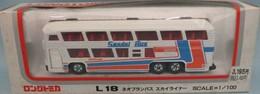 Neoplan bus model buses 6968869b a5e3 4100 b1a5 f007627fb8e8 medium
