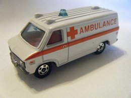 Chevy emergency van model cars 96a977dd 1f6f 4afa a06d a1df566bb88a medium