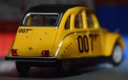 Citro%25c3%25abn 2 cv charleston model cars 3d936338 78c3 42e8 8377 da23a4f0a427 medium