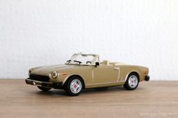 Fiat 124 spider model racing cars dca79467 61ea 4c44 8ec9 e61eabae7e6c medium