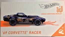 %252769 corvette racer model racing cars b328709c 8e0c 49b5 ae65 7df366417b43 medium
