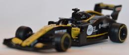 Renault r.s. 19 model cars 82897160 c240 4934 869b d26aeb50d2c4 medium