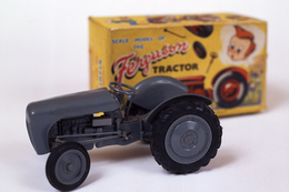 Ferguson tractor model farm vehicles and equipment a64fc90b 7cbb 406e b2f4 498c14c3c480 medium