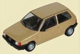 Fiat uno i model cars a1324b9b 1067 47c3 9f56 854c80a22982 medium