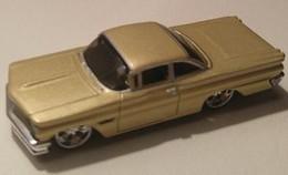 1960 pontiac bonneville model cars 6efc4dc4 ada2 4cbc 9022 3c97ee4d3e39 medium