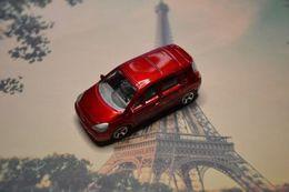 Majorette renault scenic ii model cars d1279f90 cab9 4fd1 8a70 6593b143d64c medium