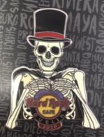 Halloween  pins and badges 08b9f133 64d4 4e0e 97a1 93c883f26895 medium