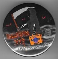 Halloween trading session button pins and badges 345e4acc ab73 4622 a79e 1ab3a1e6e1e9 medium