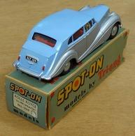 Rolls royce silver wraith model cars be721eff 1363 40b4 b703 67baf83491d2 medium