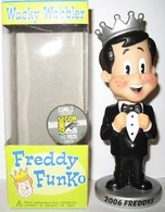 Freddy funko %2528black tux%2529 %2528metallic%2529 vinyl art toys b005de15 1ca5 44d6 8869 b954390809ac medium