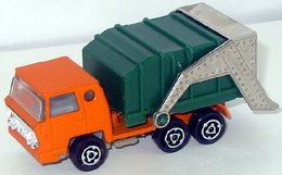 Bernard benne ordure garbage truck 4th edition model trucks e80f09c4 3c9a 4ad1 a74f f362d09e6e82 medium