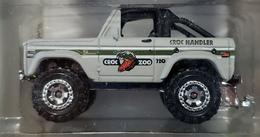 Ford bronco 4x4 model trucks 793735bd 099b 48c0 a311 90867c562ce5 medium
