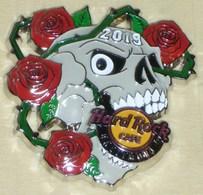 Skull and roses pins and badges 4a754655 8f2d 4ef4 a4f1 7f42593ecd5d medium