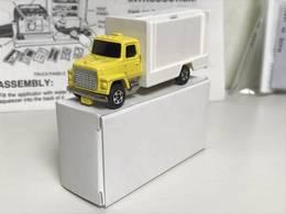 Ford delivery van model trucks 29ce18bc ae44 439d 913d b1afc7c5b1de medium