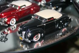 1940 ford custom convertible model cars 6a0c68ee 22a2 49d0 b2e8 f69232e2197e medium