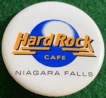 Canadian logo button pins and badges 25542d51 de08 467f 915a bfd1c7a781f9 medium