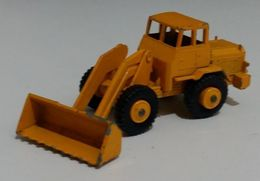 Hatra tractor shovel model construction equipment 2cf2e13b 029e 4a88 96df 165c732a52a2 medium