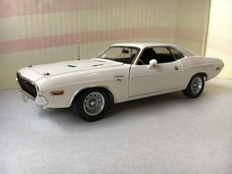 1970 dodge challenger r%252ft model cars 1c9f1e87 9a57 4ffc a035 69e274979da7 medium