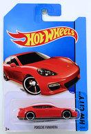 Porsche panamera model cars 67f647a5 9484 46a3 a70c 026359064eef medium