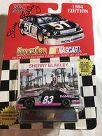 1994 thunderbird %2528nascar%2529 model racing cars 0f008dd8 0c4d 44f0 8cb6 3c5514f67321 medium