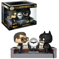 Batman with light up bat signal vinyl art toys 40fcd012 903d 4889 b5d0 eeed39c074db medium