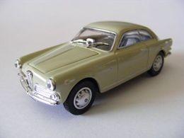 Edison giocattoli serie oro alfa romeo %252759%2527 giulietta sprint coupe model cars 93f457bb 7898 40ed a1f9 6e1fa7312ae2 medium